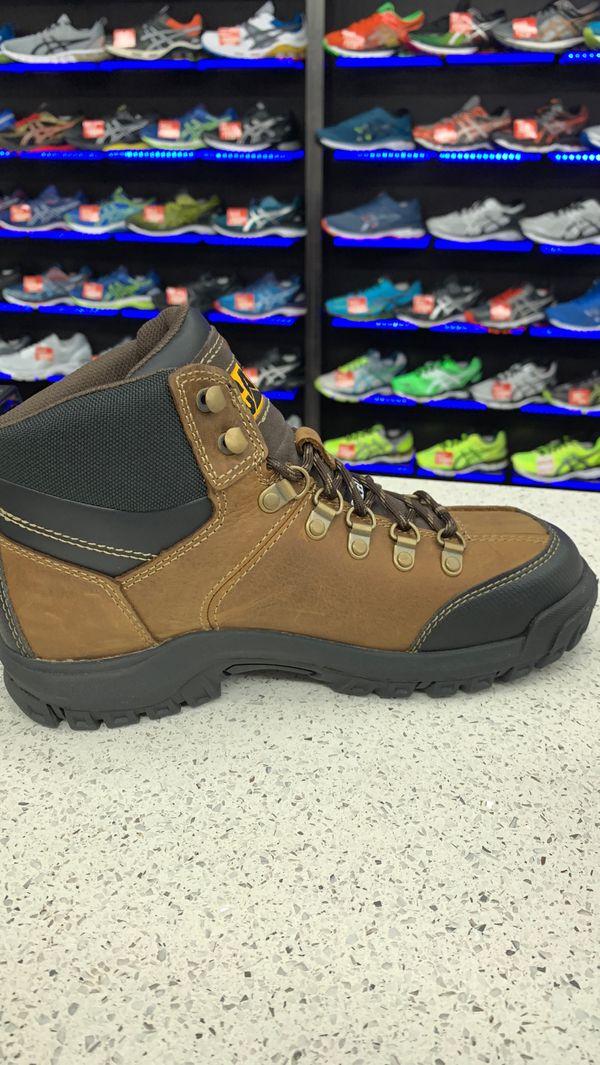 Caterpillar steel toe work boot $. 90.00