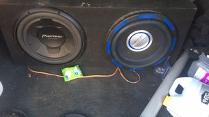 Two 12in subwoofer for Sale in Santa Rosa Beach, FL