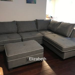 New in boxes sectional sofa with storage ottoman/ reversible chaise for Sale in Baldwin Park, CA