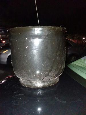 A nice black ceramic vase for Sale in Miami, FL