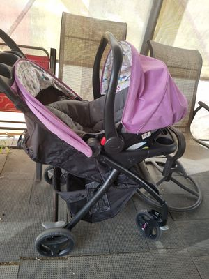 Graco stroller and car seat for Sale in Lake Elsinore, CA