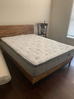$10 D0WN! New in plastic beds for Sale in Cedar Falls, IA