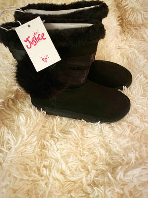 Brand new Justice girls boots size 13 $20 firm on price for Sale in Tolleson, AZ