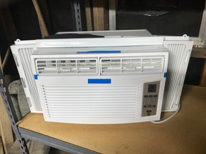 GE window ac w/ energy saver mode for Sale in Pipe Creek, TX