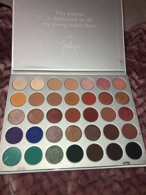 Morphe Jaclyn Hill for Sale in Queen Creek, AZ