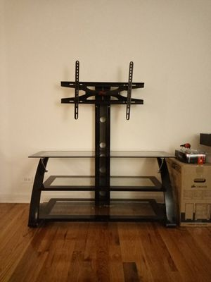 """TV stand - Holds up to 65"""" for Sale in Bolingbrook, IL"""