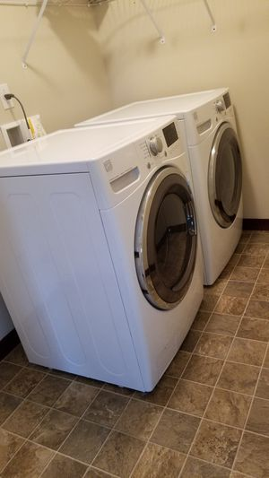 Kenmore washer & dryer for Sale in Lynnwood, WA
