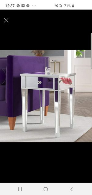 Mirror End Table for Sale in Georgetown, KY