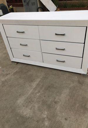 White dresser for Sale in Bakersfield, CA