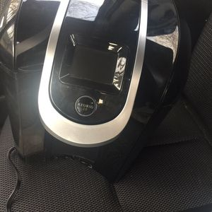 Coffee maker Keurig 2.0 I have 2 for Sale in Philadelphia, PA