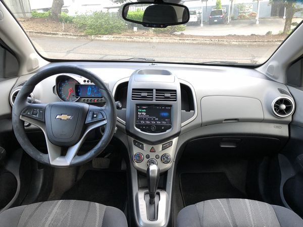 2013 CHEVY SONIC LT TURBO * SUPER CLEAN AND DRIVES EXCELLENT *