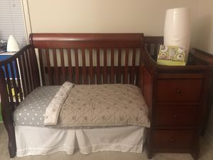 Tuscany/Princeton Crib with BONUS items!!!!! for Sale in Oxon Hill, MD