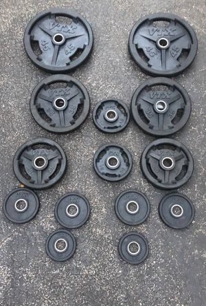 VTX RUBBER GRIP OLYMPIC PLATES : FULL SET (PERFECT CONDITION) 45s. 35s. 25s. 10s. 5s. 2.5s for Sale in Pompano Beach, FL