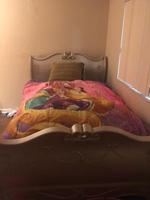 Princess bedroom set for Sale in Boca Raton, FL