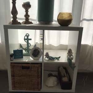 White Cube shelf for Sale in St. Petersburg, FL