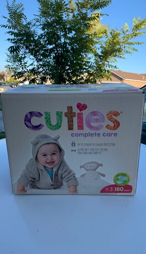 Cuties complete care diapers size 3 for Sale in Fresno, CA