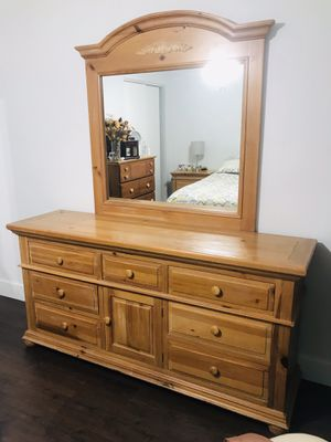 Bedroom Set for Sale in Miami Gardens, FL