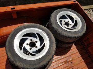195/60/15 Dextero touring and 2 Kelly tires and aluminum wheels. 85% tread. Chevy bolt pattern. 5 lug. Good for s10 or light duty trailer. for Sale in Mount Vernon, OH