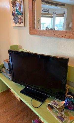 Panasonic LCD TV for Sale in Black Diamond, WA
