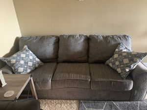 Grey couch for Sale in Kathleen, GA