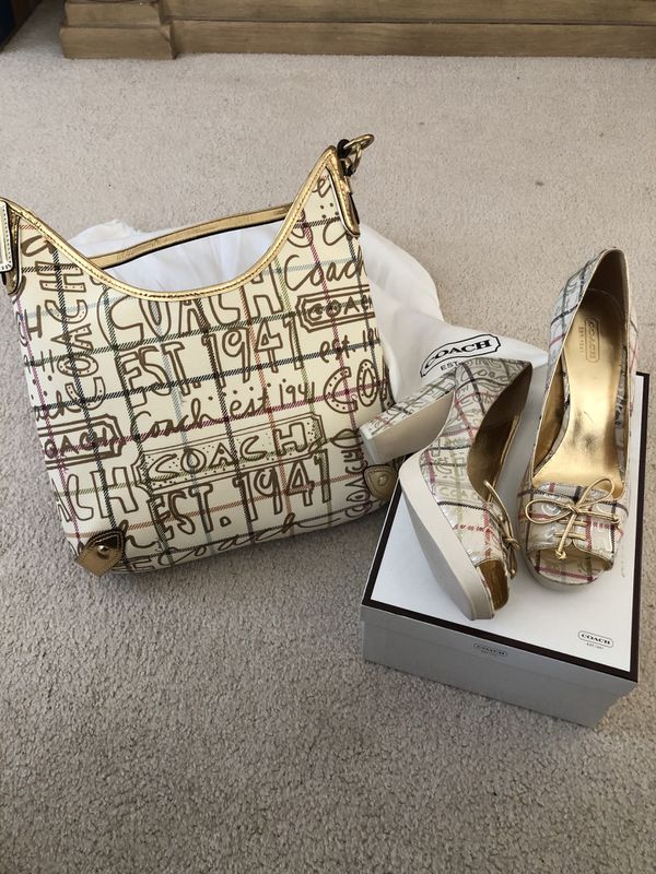 Authentic Coach Handbag & Purse Set Shoes - Size 9 Gold multicolor handbag