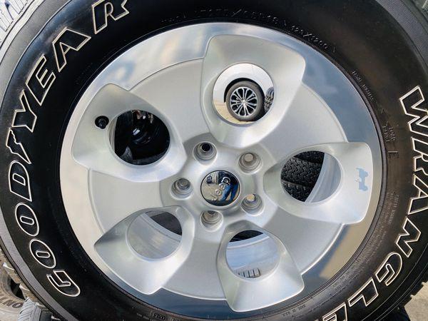 "2017 Jeep Wrangler 18"" wheel spare tire"