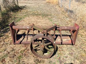 Landscaping Box (Hooks to tractor) for Sale in NORTH PRINCE GEORGE, VA