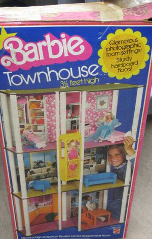 Barbie Townhouse vintage Mattel classic 3 story for Sale in Garland, TX