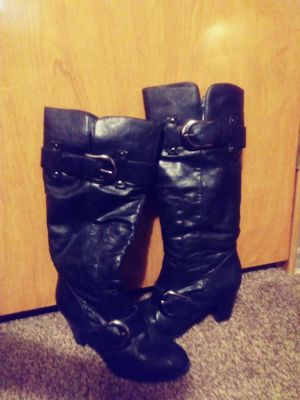Black boots with heels size 6.5 for Sale in Clayton, DE