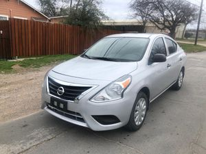 Nissan versa 2015 for Sale in Dallas, TX
