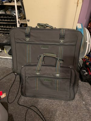 "(2). Samsonite ""Mystic"" Army Green luggage carrier's for Sale in Tonawanda, NY"