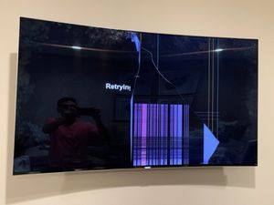 Samsung UN55KS9500 Curved 55-Inch 4K Ultra HD Smart LED TV (Cracked screen) for Sale in West Covina, CA