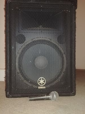 Yamaha BR12 Passive Pro Audio Loudspeakers (pair) for Sale in Sacramento, CA