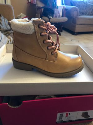 Girls boots for Sale in Richmond, CA