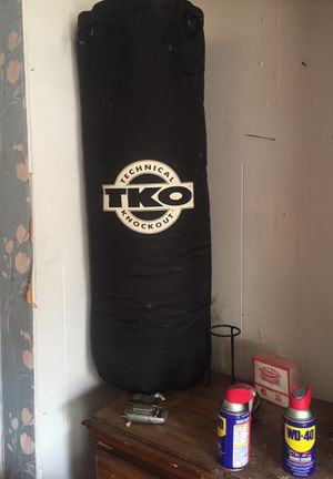 Punching bag for Sale in Detroit, MI
