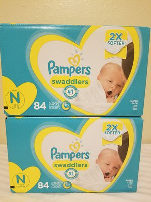 Pampers Swaddlers Diapers Newborn for Sale in Auburn, WA