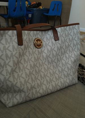 Two Mk bags very clean inside and outside for Sale in Alexandria, VA