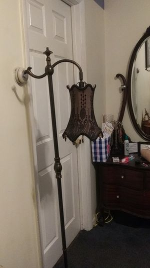 Reproduction floor lamp for Sale in Tabernacle, NJ