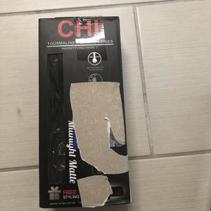 Chi hair straightener for Sale in Arlington, TX
