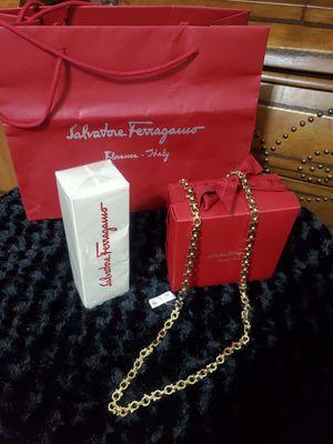 Salvatore ferragamo chain belt and Parfum for Sale in Lake Worth, FL