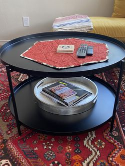 Black Round Coffee Table for Sale in Oakland,  CA
