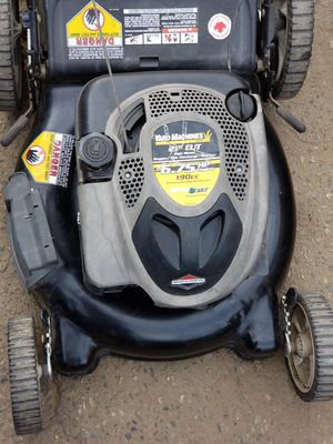 Yard machines lawn mower for Sale in Fresno, CA
