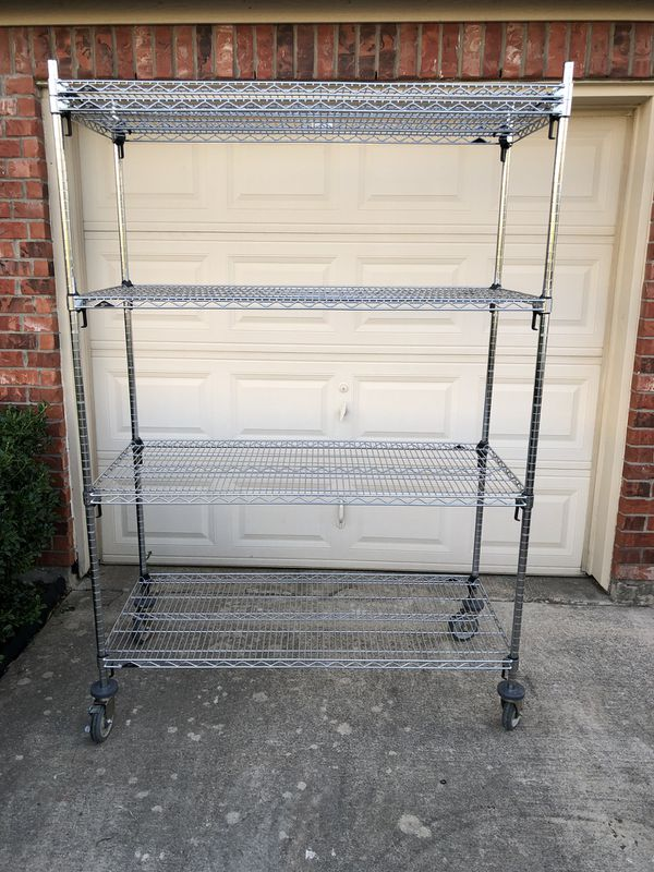 Metro heavy duty rolling rack