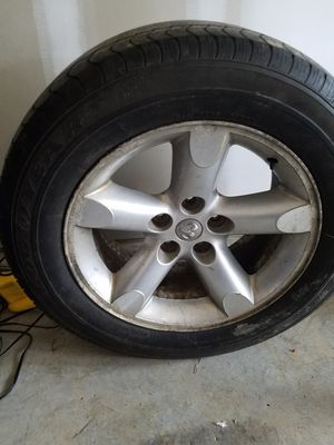 Truck tire for Sale in Murfreesboro, TN