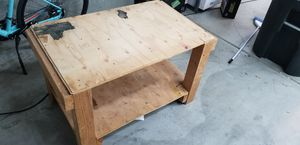 FREE Wood Stand for Sale in Tustin, CA