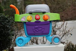 Kids Leep Frog Smart Sizzling BBQ Grill New Condition for Sale in Tewksbury, MA