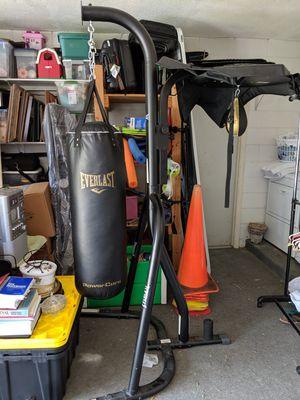 Everlast punching bag set for Sale in Orlando, FL