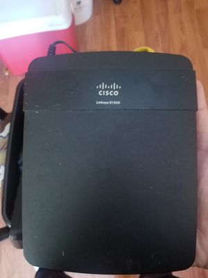 cisco linksys e1500 for Sale in Frederick, MD