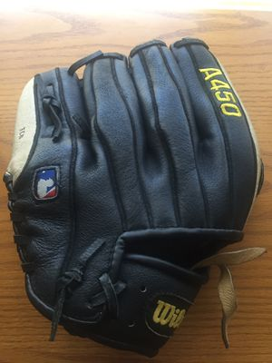"Genuine Wilson Leather Baseball Glove 11"" for Sale in Clovis, CA"