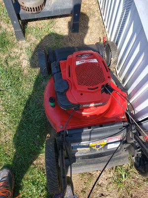 Self propelled lawn mower for Sale in Columbus, OH